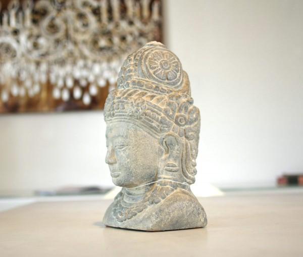 Paramitha Kopf aus Stein