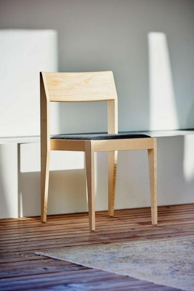 Stuhl mit gepolsteter Sitzfläche Nora