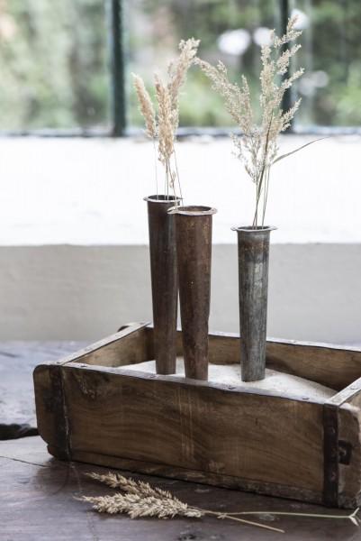 Schmale Blumenvase zum Stecken aus Eisen