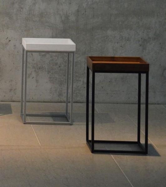 Beistelltisch Pino Säulenform Gestell schwarz Tablett Nussbaum Ausstellungsstück