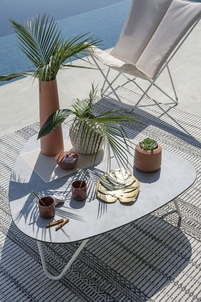 Outdoor Tisch Cocoon Volcanic 96x102