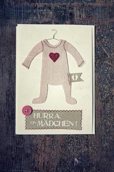 Hurra, ein Mädchen - Babykarte