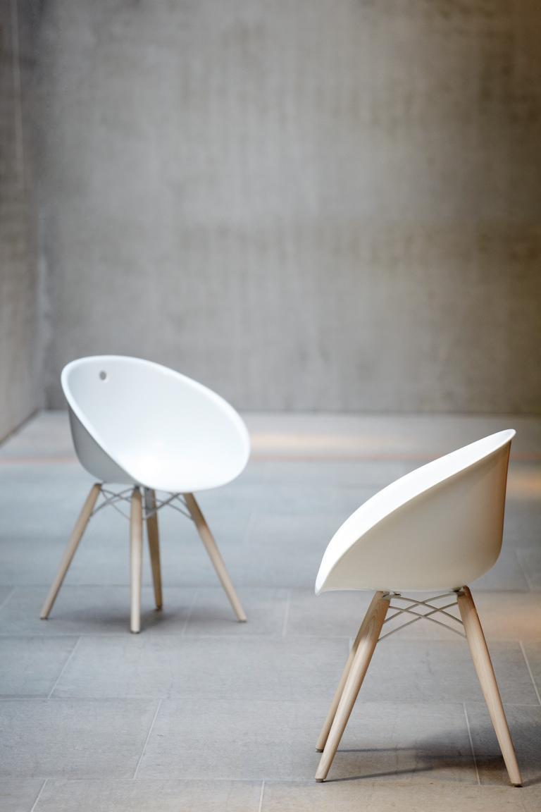 jan kurtz gliss stuhl. Black Bedroom Furniture Sets. Home Design Ideas