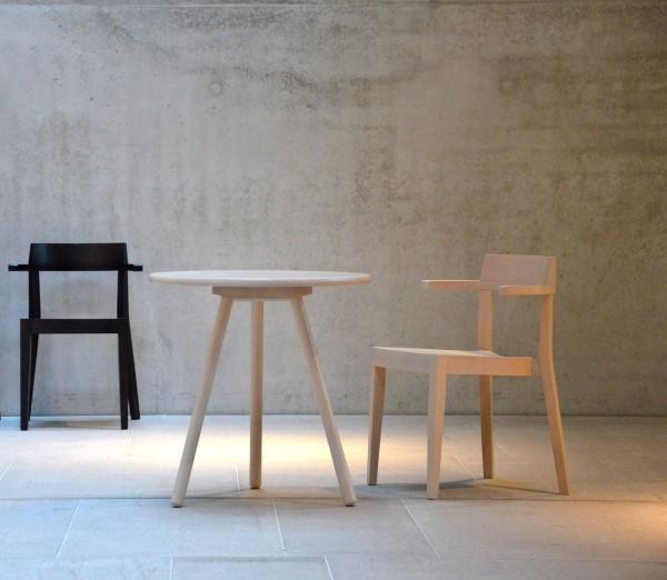 Tisch HAWELKA